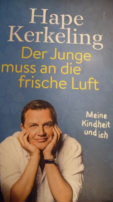 Hape Kerkeling hat über seine Kindheit geschrieben!